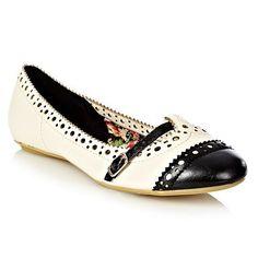 Cream brogue trimmed pumps - Flat shoes - Shoes & boots - Women -
