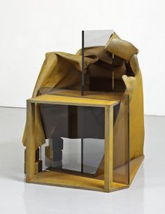 Available for sale from Annely Juda Fine Art, Anthony Caro, Card Game Painted steel, perspex, 117 × 99 × 125 cm Anthony Caro, Steel Sculpture, Grand Palais, London Art, Canadian Artists, Abstract Sculpture, Creative Art, Modern Contemporary, Card Games