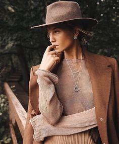 472186cb51 A(z) Women's fashion nevű tábla 570 legjobb képe ekkor: 2019 ...