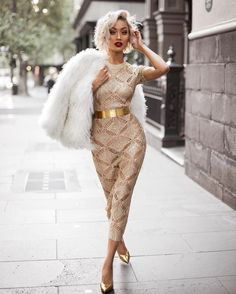2019 New Fashion Hollow Rose Gold Knit dress Hot sexy nightclub dress Elegant and beautiful pencil dress high quality Wild dress Size S Color Golden Elegant Dresses, Sexy Dresses, Fashion Dresses, Classic Dresses, Women's Dresses, Pretty Dresses, Evening Dresses, Casual Dresses, Summer Dresses