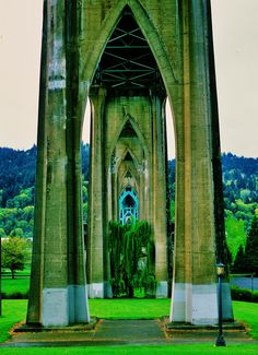 Cathedral Park, Portland-Oregon - The view looking through the base columns of the Saint Johns Bridge, one of the most beautifully designed bridges in the world. Great Places, Oh The Places You'll Go, Places To Travel, Beautiful Places, Places To Visit, Oregon Trail, Oregon Coast, Portland Oregon, Portland Bridges