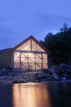 Article source: Rallar Arkitekter The Boathouse in Haddal The start of summer 2012 was very different for 21 architecture students from NTNU. Instead of going home on vacation, they travelled to a small village in Sunnmøre. Lake George Village, Lakefront Property, Boat Lift, Romantic Places, Going Home, Rustic Design, The Great Outdoors, Great Places, Latina