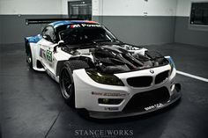 BMW Z4 GTE Debuts, Replacing M3 GT in ALMS - BMW 3-Series (E90 E92) Forum - E90Post.com