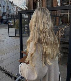 Ombré Hair, Dye My Hair, Blonde Hair Inspiration, Hair Inspo, Blonde Hair Looks, Beach Blonde Hair, Hair Shades, Aesthetic Hair, Hair Highlights