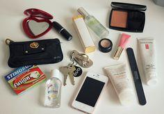 What's in my bag | BEAUTYLOVIN