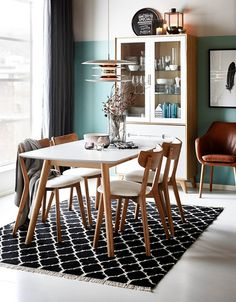 Holger Formal Dining Tables, Dinning Chairs, Dining Nook, Dining Room Design, Small Dinner Table, Minimalist Dining Room, Sweet Home, Kitchen Family Rooms, Beautiful Dining Rooms