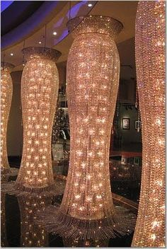 must take photo- chandeliers at planet hollywood
