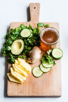 spring detox smoothie ingredients . This detox smoothie is FULL of healthy, naturally detoxifying ingredients.