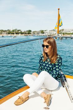 new england travel guide New England Prep, New England Travel, New England Style, Bootfahren Outfit, Boat Shoes Outfit, Adrette Outfits, Preppy Summer Outfits, Spring Outfits, Nautical Fashion
