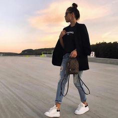 Women's Fashion Outfits Ideas - Fashion Ideas Sporty Outfits, Mode Outfits, Cute Casual Outfits, Stylish Outfits, Winter Fashion Outfits, Look Fashion, Spring Outfits, Casual Chic, Look Girl