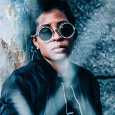 Dej Loaf not only makes fierce AF beats, she has amazing musical taste! Check out her favourite jams on the #MACFutureForward #MACTracks playlist! Check it out, along with all our playlists, on Spotify and M·A·C Culture!