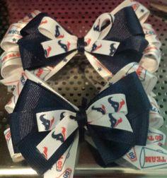 Texans bows