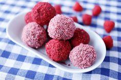 Maria Uldahl - Grønn matglede: Pink Raspberry Bliss ball - energikuler med bringe...