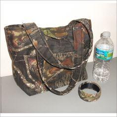 Mossy Oak camo handbag purse tote by PearlBeachTreasures on Etsy, $26.00....Love it !!!!