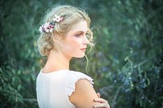 Bloem kwartaal krans roze blauw groene bloemen haar