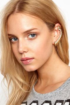 This Urban Sweetheart ear cuff is the perfect accessory to make any outfit amazing