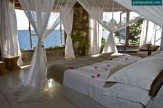 luxury #oceanfront suites in Malawi