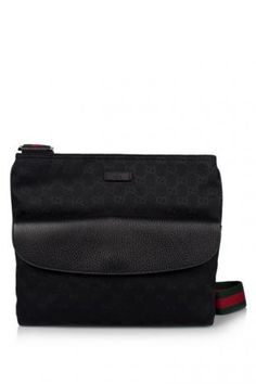 bac8f06457e6 Gucci Men Medium Messenger Bag (THB 33