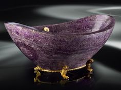 amethyst bath tub for optimal spirit re~charge sessions
