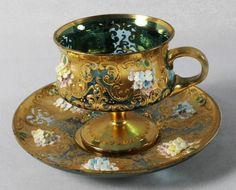 An English Cabinet Cup and Saucer, Davenport, Diameter : Lot 301