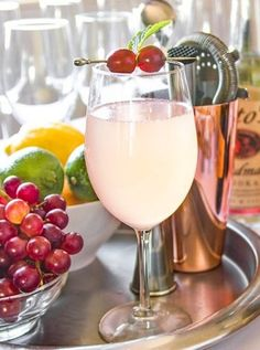 How to throw the perfect Tony Awards viewing party. Get this easy wine cocktail party recipe with vodka, champagne, grapes and mint from the Nordstrom cookbook. Guaranteed party favorite during red carpet watching!
