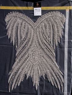 Couture Embroidery, Embroidery Fashion, Embroidery Dress, Couture Details, Fashion Details, Fashion Design, Stage Outfits, Dance Outfits, Wedding Attire