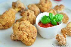 Chutný a zdravý pečený karfiól v cestíčku s pikantnou paradajkovou omáčkou – salsou. Kto nemá rád pikantné, môže salsu vynechať a karfiól servírovať s paradajkovým pretlakom či kvalitným kečupom. Z nasledujúceho množstva vám výjdu 2 veľké alebo 4 menšie porcie. Ingrediencie (na 2 porcie): 1 karfiól 2 vajcia 7 PL cícerovejmúky (alebo ľubovoľnej inej, prípadne […]