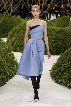 Dior Haute Couture Spring-Summer 2013 – Look 3: Blue and black silk cocktail dress. Discover more on www.dior.com #Dior#PFW
