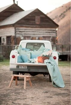 i wanna sleep in the back of a pickup with that special person. underneath the stars. perfect. (No no chick. That is ridiculous. There are bugs out there man. His truck is nasty. That is nasty.)
