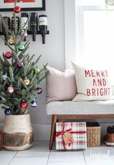 Christmas in the Kitchen | http://inspiredbycharm.com
