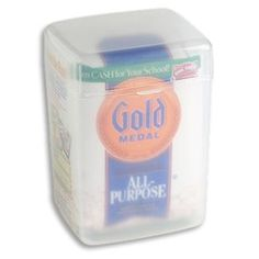 Keeping the flour in the bag it's easier with the help of this mighty friend! Also easy to use and keep the pantry clean. #organizing