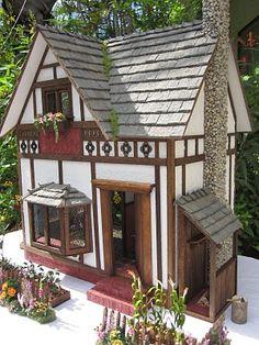 Dollhouses by Robin Carey: The Garden Cottage Tudor