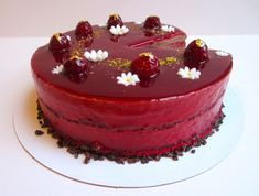 The most, Indulgent Chocolate Raspberry Entremet Recipe you'll ever need. Perfect to feed a crowd or for a special birthday. Mini Patisserie, Logo Patisserie, Boutique Patisserie, Patisserie Sans Gluten, Patisserie Design, Entremet Recipe, Royal Icing Flowers, Decoration Patisserie, Chocolate Sponge Cake