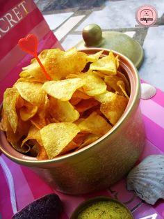 homemade chips Domaći čips za savršenu filmsku večer | Happiness is Homemade Happiness Is Homemade, Homemade Chips, Happy Kitchen, Snack Recipes, Snacks, Food, Snack Mix Recipes, Homemade French Fries, Appetizer Recipes