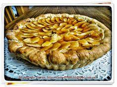 Tarta de manzana con masa quebrada y crema pastelera. ¡Seguro que es tu favorita!
