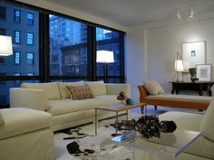 Modern Floor Lamps >> http://www.hgtvremodels.com/interiors/living-room-lighting-designs/pictures/index.html?soc=pinterest
