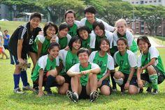 WM student with the NUS soccer team  #NUS #NUStuff #NUSbecause