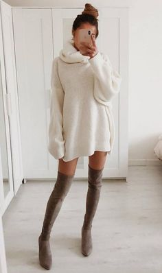 30 Trendy And Simple Outfits For Spring 2019 best spring outfit to try right now Cute Fall Outfits, Winter Fashion Outfits, Fall Winter Outfits, Simple Outfits, Classy Outfits, Look Fashion, Stylish Outfits, Spring Outfits, Fashion Models