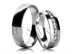4601 Jednoduché a přesto výrazné prstýnky s velmi oblíbenou variantou řady kamenů zasazených téměř do poloviny dámského prstýnku. Šestimilimetrovou šířku ocení ti z vás, kdo preferují širší modely. Tento vzor vám na přání vyrobíme nejen z jiné barvy zlata, či ze stříbra, ale i v jiné šířce. #bisaku #wedding #rings #engagement #svatba #snubni  #prsteny