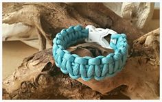 Paracord bracelet Turquoise and white 'Pacific'
