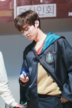 Wooshin / Wooseok produce x 101 Cute Little Baby, Little Babies, Baby Love, Pin Pics, Boyfriend, Singer, Kpop, Boys, Love Of My Life
