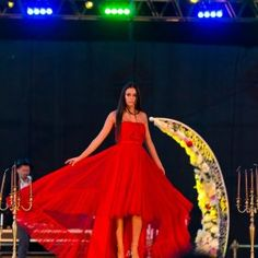 Fashion Days, Ball Gowns, Studio, Formal Dresses, Beauty, Ballroom Gowns, Dresses For Formal, Ball Gown Dresses, Formal Gowns