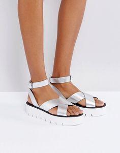 0f06fe30e9e8 Bershka Metallic Strappy Flatform Sandals