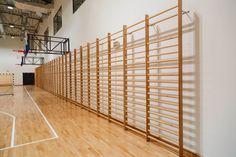 Konstrukcja do koszykówki naścienna, drabinki gimnastyczne