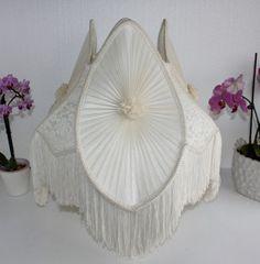 Gorgeous-Silk-Victorian-Cream-Lamp-Shade-Floor-Table-Chiffon-Overlay-w-Fringe