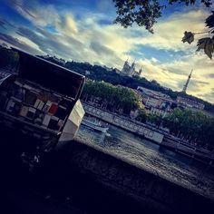 "🇫🇷📷omiphoto69 Lyon on Instagram: ""#lyon #igerslyon #igersfrance #onlylyon #villedelyon #monlyon #icilyon #visitlyon #loves_france #toplyonphoto #lyoncity #topfrancephoto…"" Lyon City, France Photos, Instagram Posts"