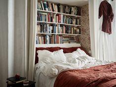 Flat Interior, Home Interior, Interior Design, Dream Bedroom, Home Bedroom, Bedroom Decor, Bedrooms, Bookshelf Headboard, Bookshelves