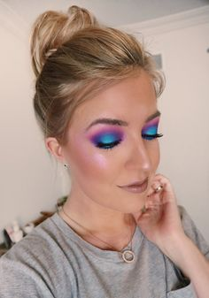 Colourful Makeup colourful makeup - Click through to find out how to create beautiful, bright makeup looks that are wearable for everyday. In this post I teach 5 easy ways to add some colour to your makeup using eyeshadows, bright lipsticks and even blush. If you love bold colours these makeup looks are for you. #colourfulmakeup #creativemakeup #boldmakeup #brightlips #lipstick #eyeshadow #brightmakeup #howtowearcolour