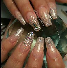 Simple and gorgeous with accent nails... #nailgasm #naturalnudenails #fakenailgasm #squarenails