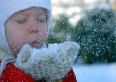 5 Great Outdoor Learning Activities for Kids in Winter — Winter Games, Winter Kids, Winter Snow, Kids Learning Activities, Winter Activities, Outdoor Activities, Outdoor Learning, Preschool Activities, Snow Pictures